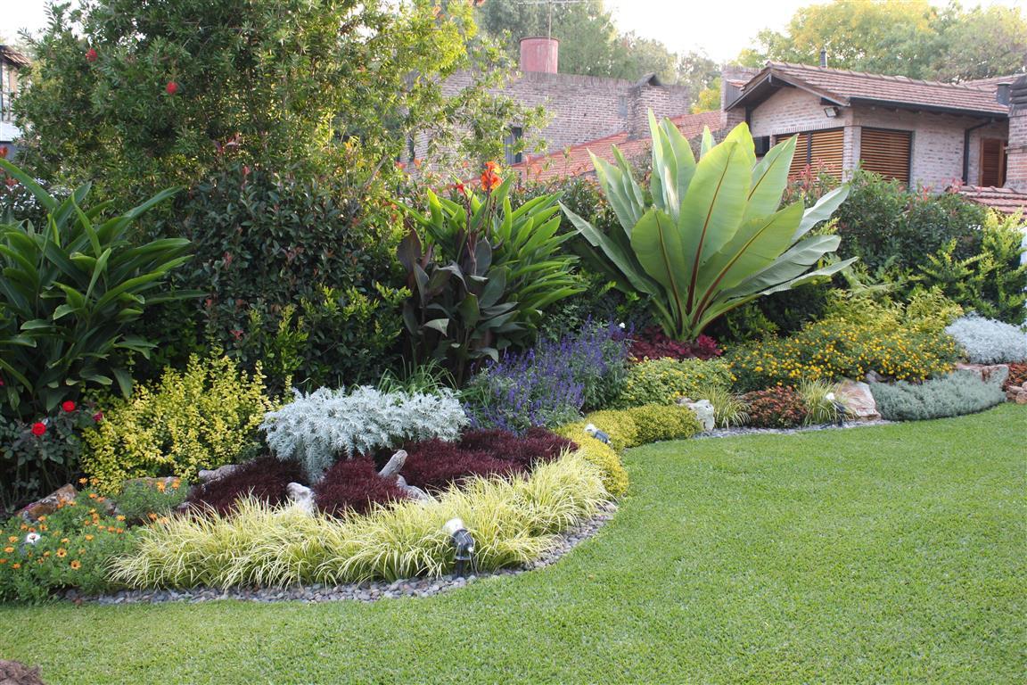 Jardines exclusivos for Cerramientos de jardines fotos